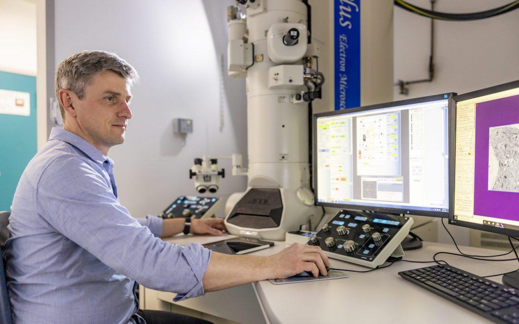 Electron Microscopy Core Facility Credit Massimo del Prete/EMBL