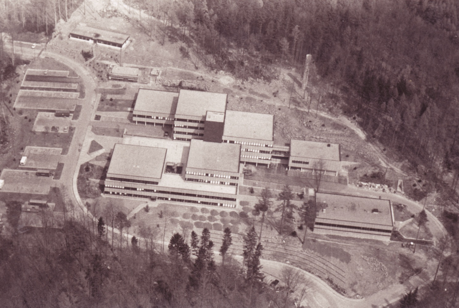 Aerial photo of EMBL Heidelberg in the  beginning. PHOTO: EMBL PHOTOLAB
