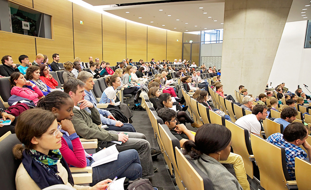 Drawing the crowds to the EMBL Advanced Training Centre. PHOTO: Julie Forbes – Button Blue Photography