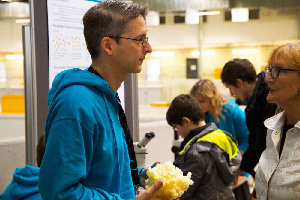 Explaining protein structures. PHOTO: EMBL/Rosemary Wilson