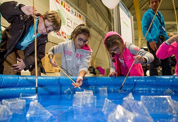 More than 600 'diplomas' were awarded to budding crystallographers for successfully fishing crystals! PHOTO: DESY 2015
