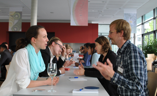 Delegates at the speed networking event during The Human Microbiome at EMBL Heidelberg