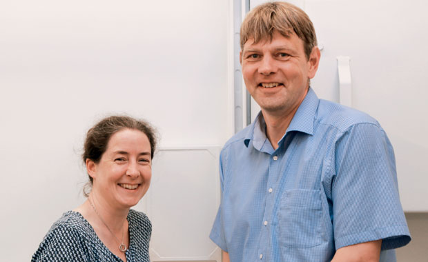 Arwen Pearson and Thomas Schneider are laying groundwork to take crystallography to a new dimension