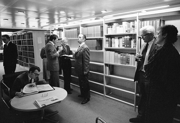 Inauguration of the Szilárd Library in the late 1970s, led by John Kendrew (right). PHOTO: EMBL