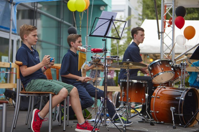 The Walldorf Youth orchestra provided the soundtrack for a joyful day. PHOTO: Photolab /EMBL