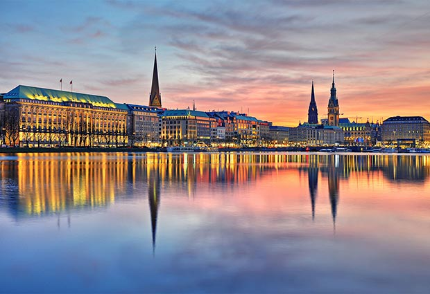 A photo of the Hamburg harbour at dusk