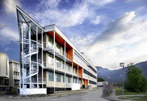 The Carl-Ivar Brändén Building houses the international Unit for Virus and Host Cell Interactions (Unité Mixte Internationale) on the Polygone Scientifique Campus in Grenoble.