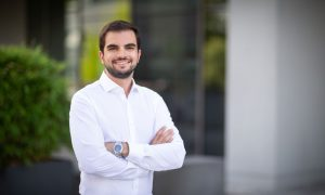 Simone Mattei, the new team leader in electron microscopy service and technology development