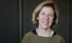 A portrait image of Fiona Watt