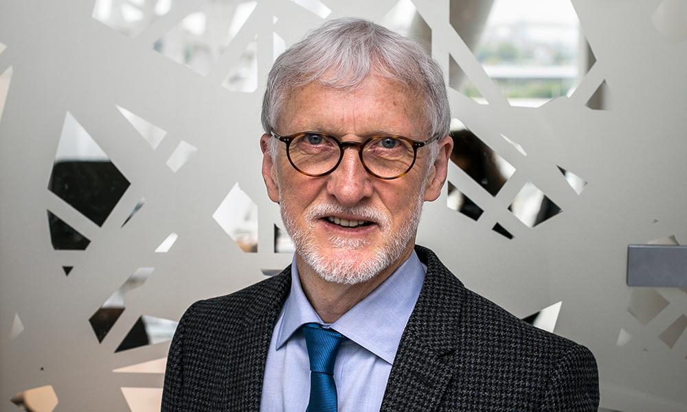 Portrait of former EMBL Director General Iain Mattaj